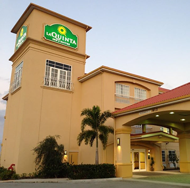 LaQuinta Inn & Suites by Wyndham - Official HQ Hotel