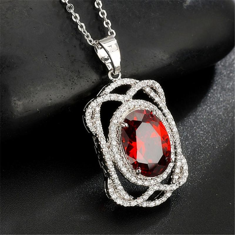 Elegant Twist String Ellipse Platinum Plated Necklace