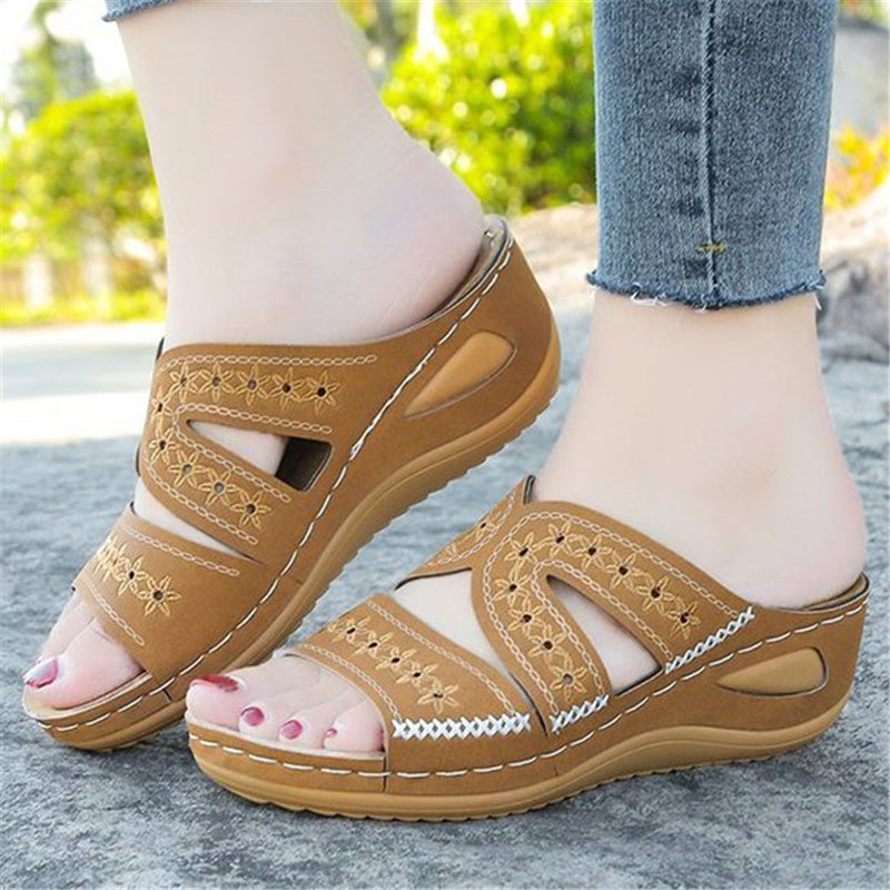 Casual Style Platform Sole Open Toe Cutout Design Sandals
