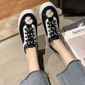 New Arrival Cool Daisy Printed Flat Heel Canvas Shoes