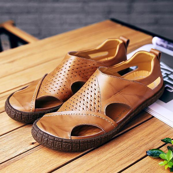 Men Casual Breathable Soft Bottom Hollow Sandals