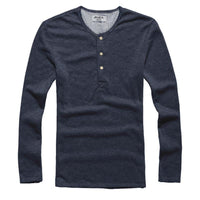 Men Solid Round Neck Long-sleeved T-shirts
