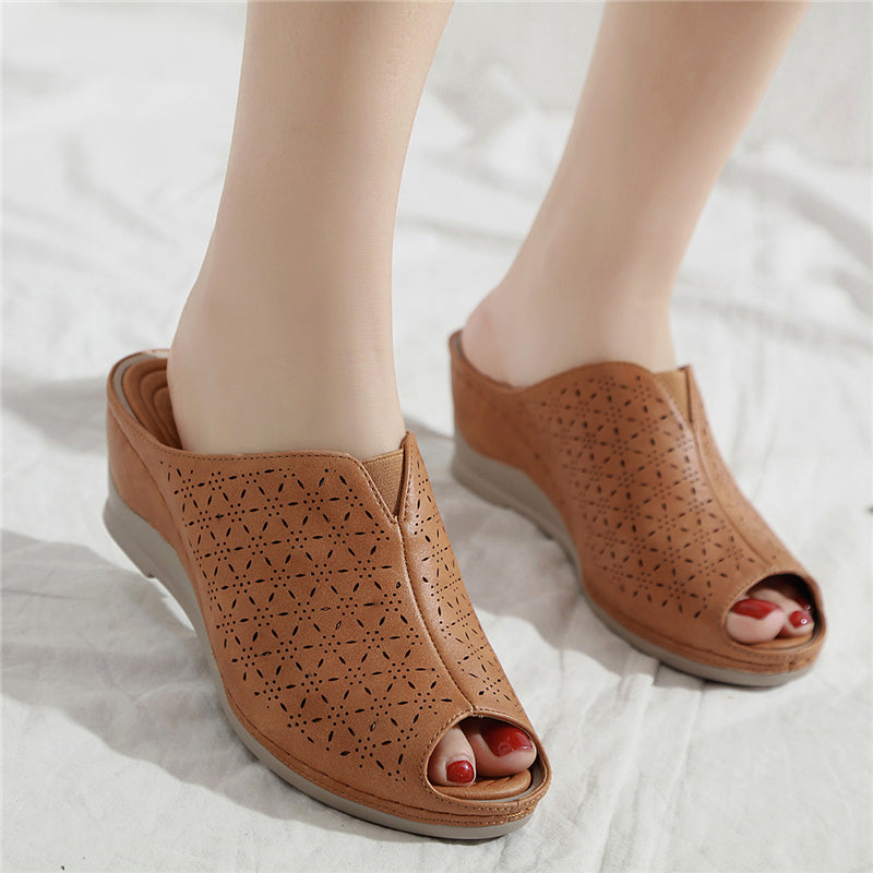 Women's Anti-skid Fashion Wedge Heel Soft Sandals