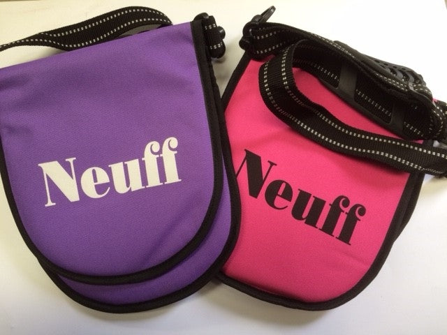 Neuff Double discus bag for 2 discus.  Padded with shoulder strap.  In purple and pink