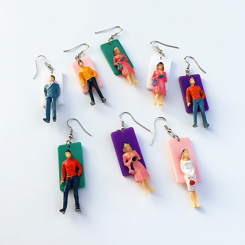 GOT YOUR BACK Retro Hook Earrings - Kiaroskuro