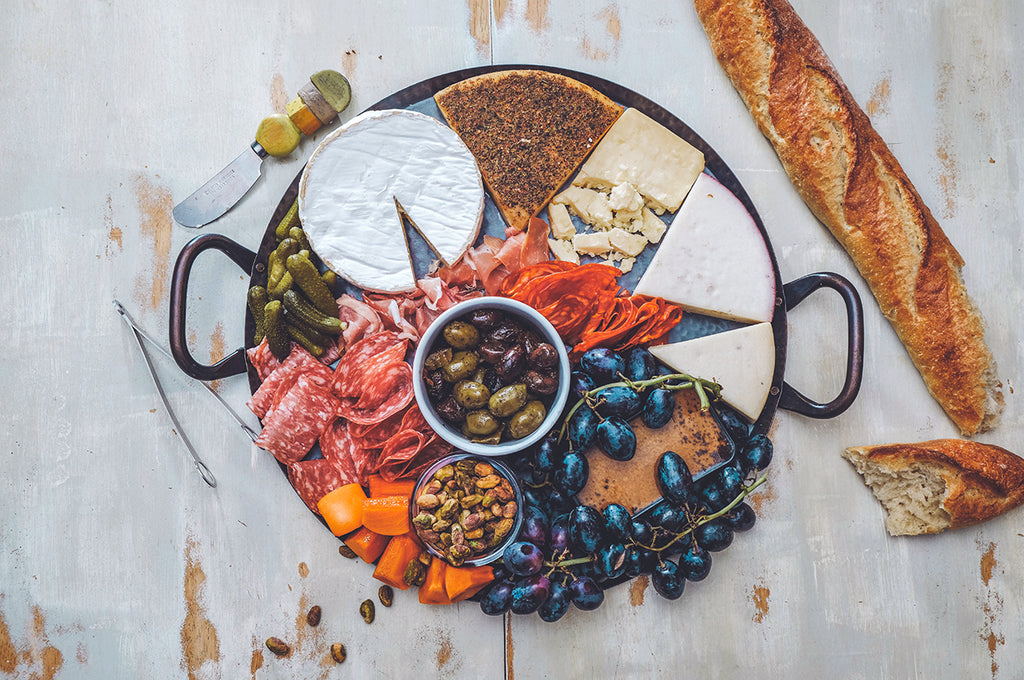 The 7 Main Components You Need To Build A Jaw-Dropping Charcuterie Board