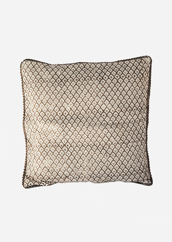 Scalloped Cross Pillow Cover