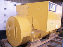 Load image into Gallery viewer, 2000 KW 1800RPM 4160V Caterpillar SR-4 HV