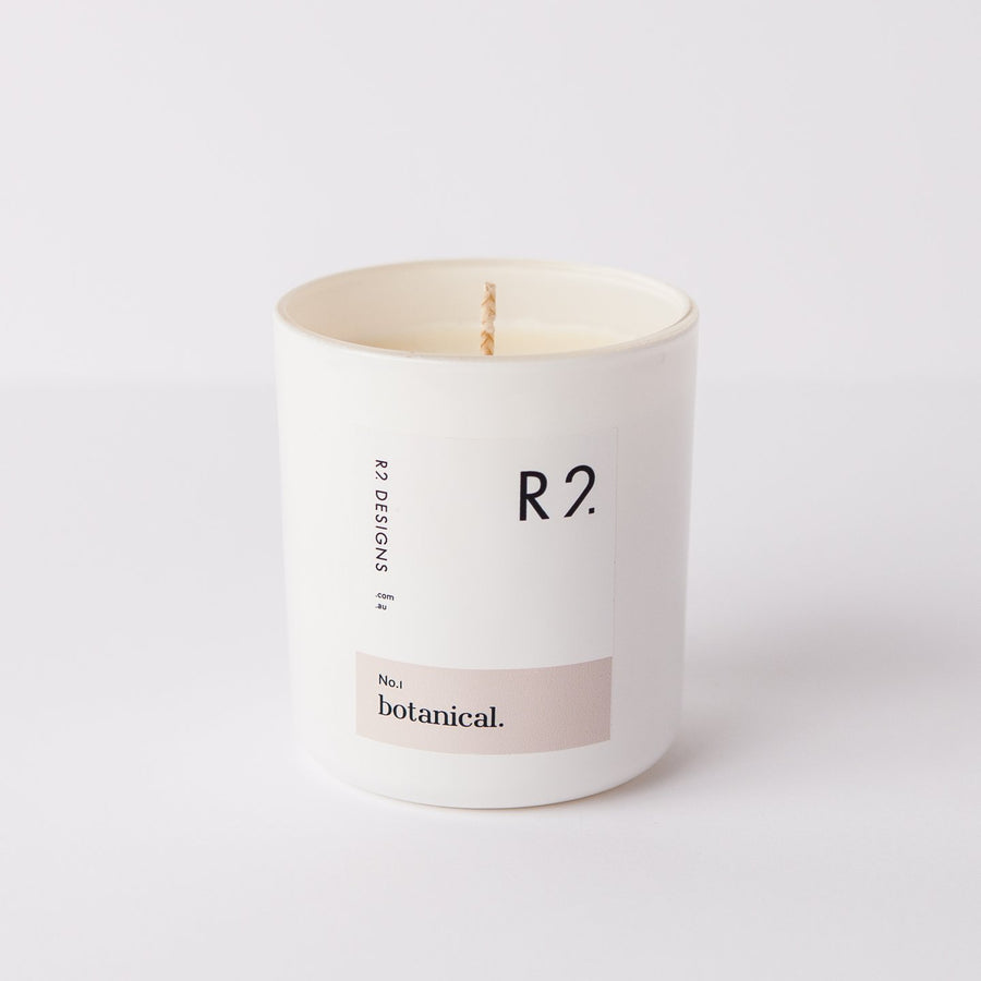 R2 Botanical Candle