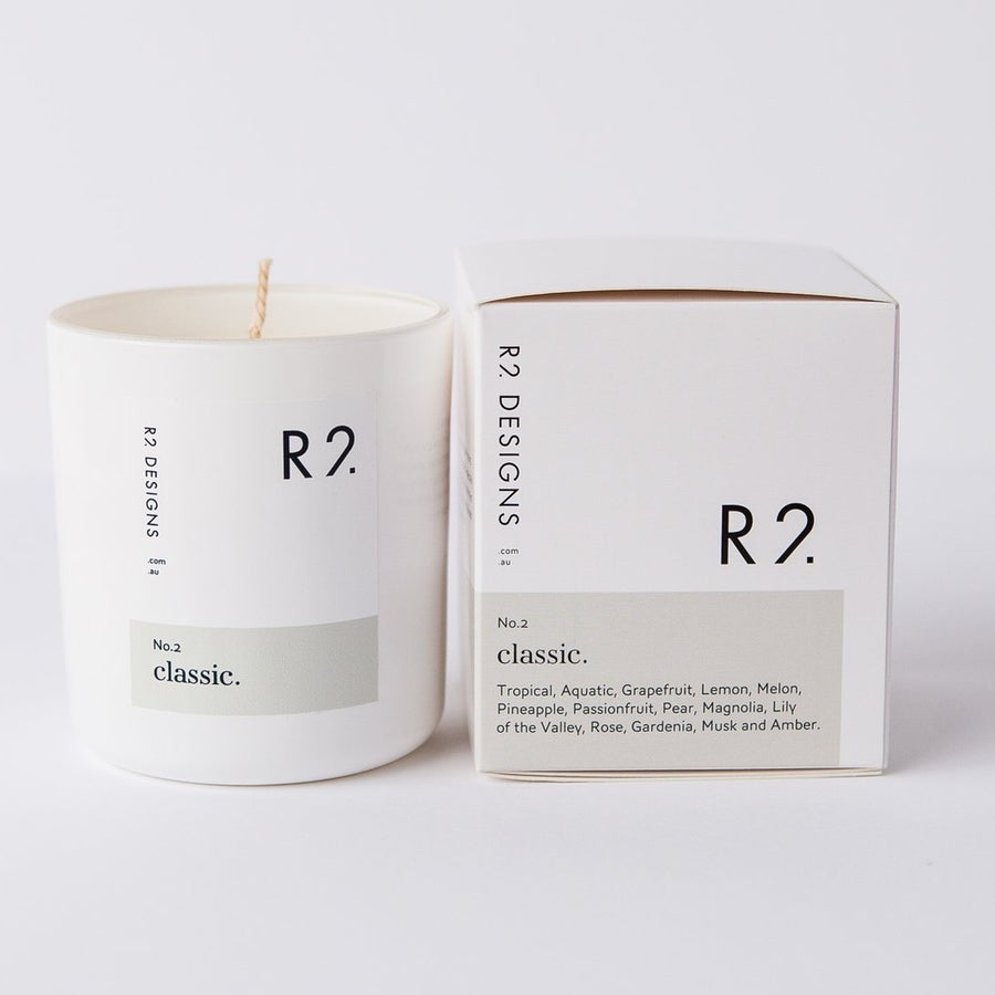 R2 Classic Candle with box