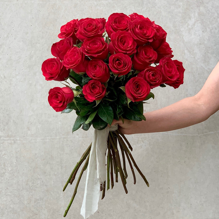 Bouquet of 24 long stem red roses