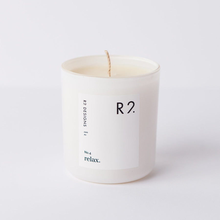 R2 Relax Candle