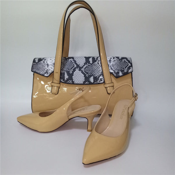 Pointy Toe Snake-Skin-Pattern Matching Shoes and Bag