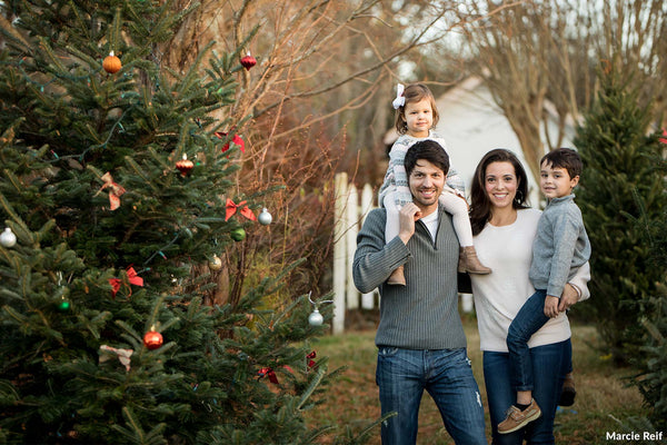 8 Simple Tips for a Memorable Holiday Card
