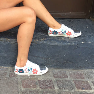 hand-embroidered sneakers SAK - KIDS