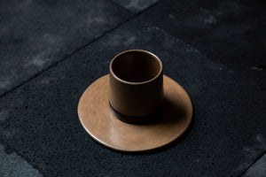 Natural clay cup and plate - Delek - ARTIGIANO