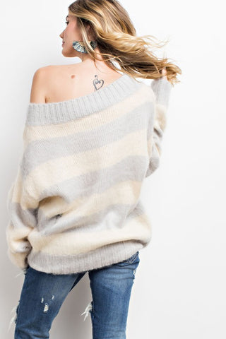 Distressed Fuzzy Knit Sweater - Gray