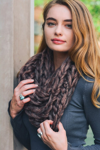 Chunky Knit Infinity Scarf - 3 colors