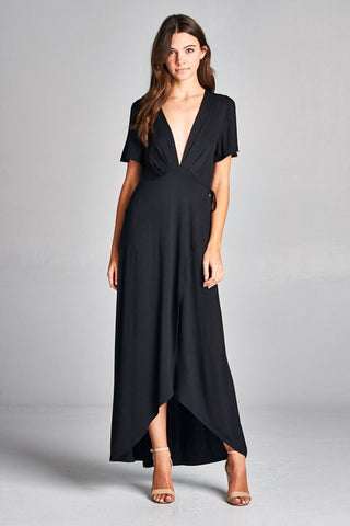 A Touch of Elegance Maxi Dress - Black