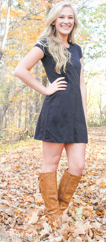 The Perfect Tee Shirt Dress - Black - Blue Chic Boutique  - 8