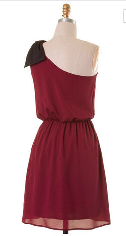 Top it off with a Bow One Shouldered Dress - Maroon and Black - Blue Chic Boutique  - 4