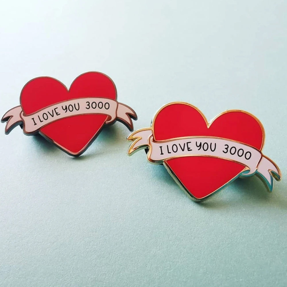 I LOVE YOU 3000 Pin –– Alice Vitrum
