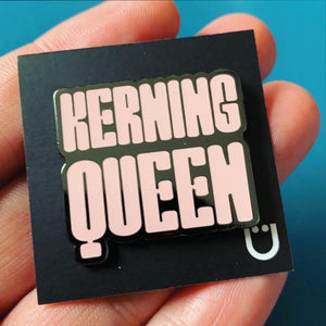 Kerning Queen Pin –– FEMMETYPE X Marion Bisserier