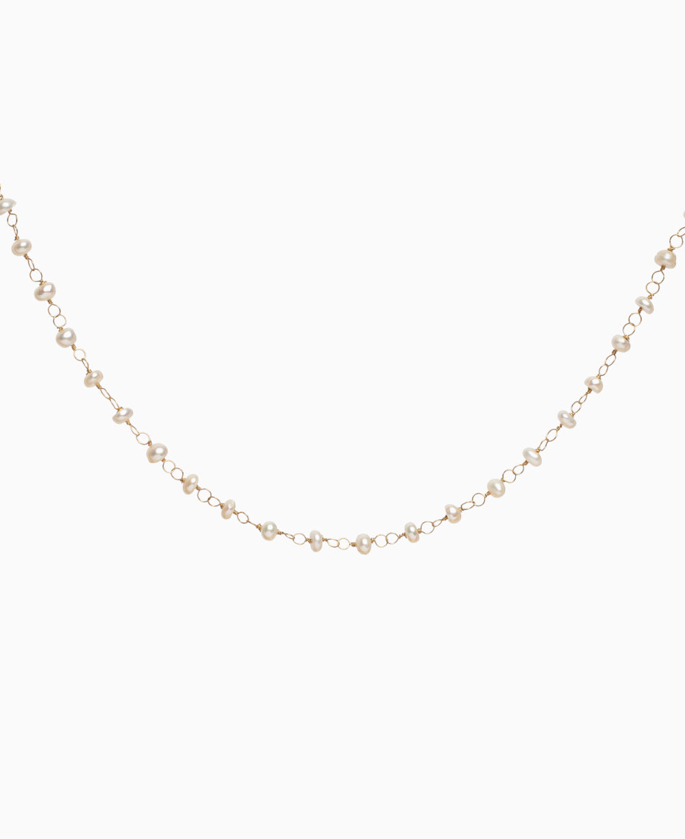 Mila Pearls Necklace