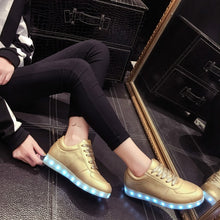 Load image into Gallery viewer, High QualitySize 27-42 7 Colors Kid Luminous Sneakers