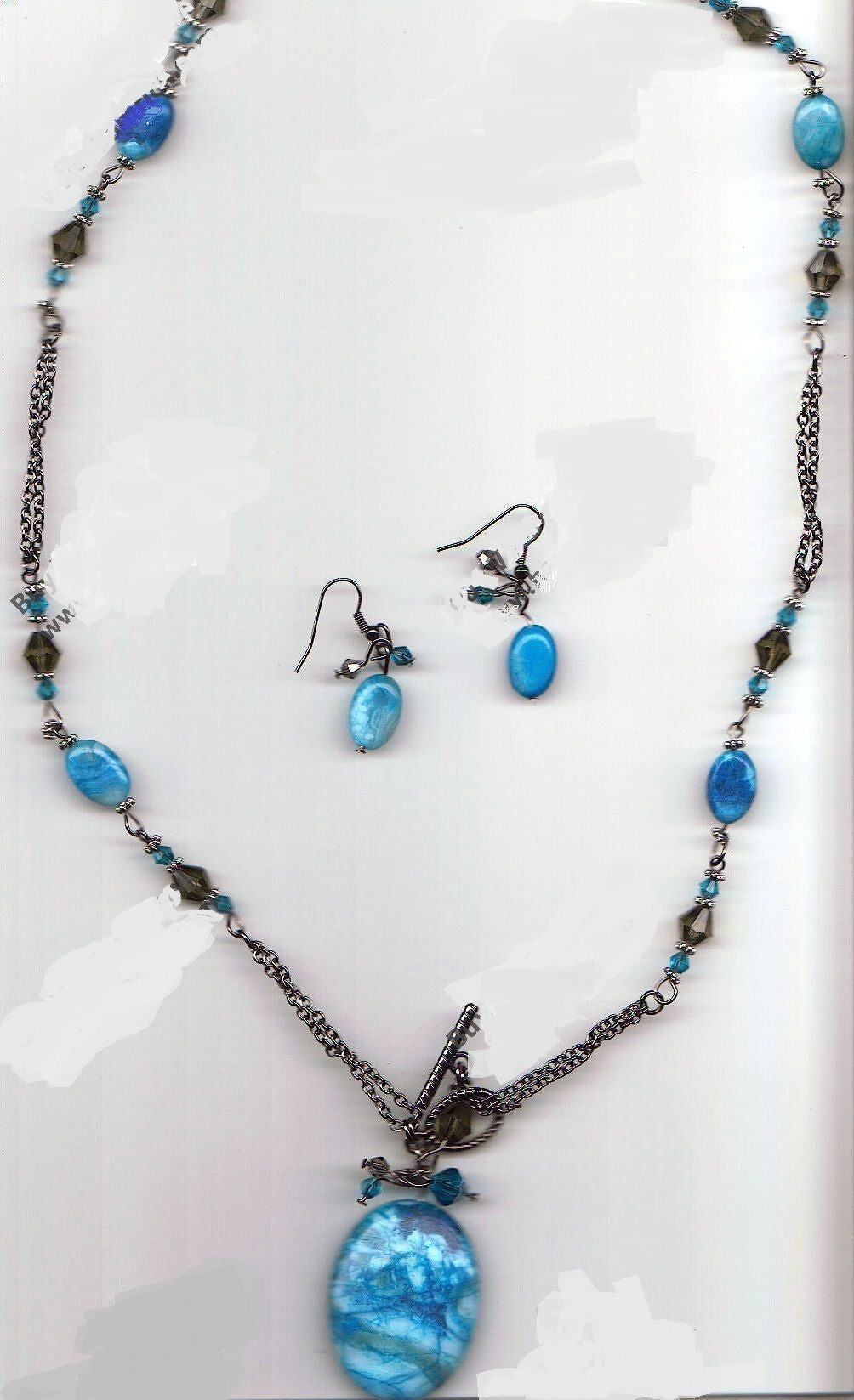Linked In Blue Jewelry Set
