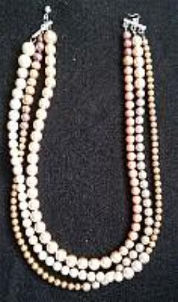 Ombre Pearls Necklace