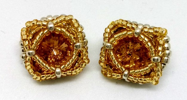 Queen Stud Earrings