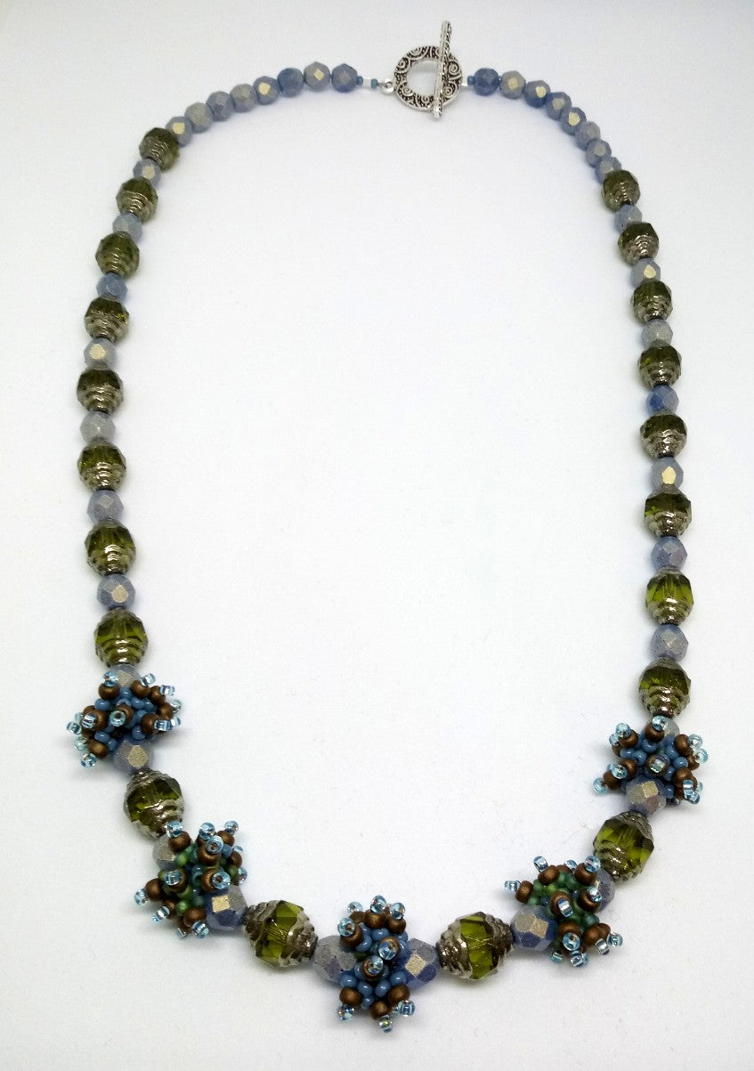Wispy Beaded Bead Necklace
