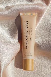 Nº5 Soothing Lip Balm - + LUX UNFILTERED