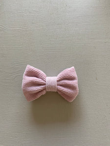Wildflower Bow Clip in Dusty Lilac