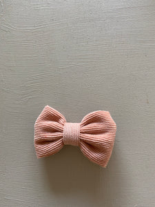 Wildflower Bow Clip in Dusty Pink