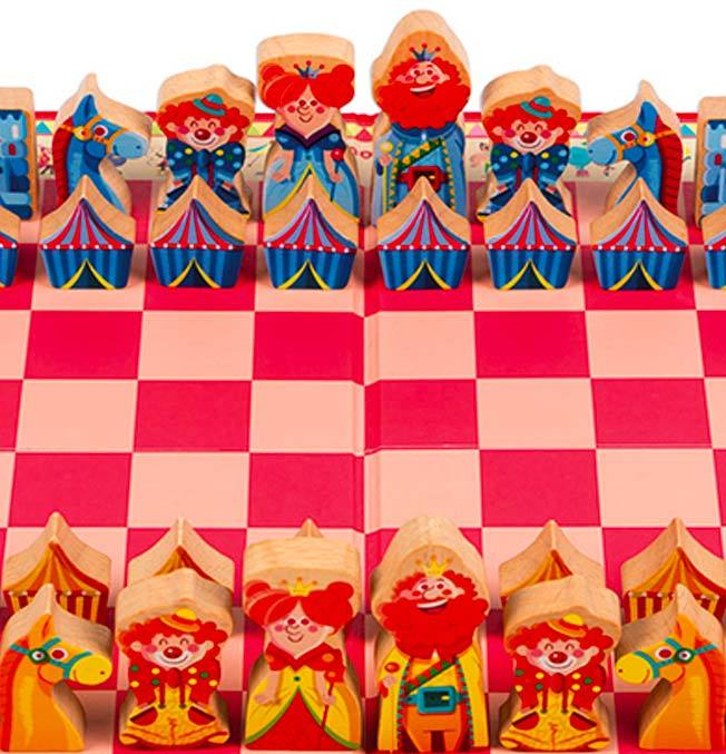 Carrousel Chess Game