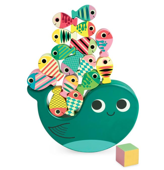 Stacking Equilibrist game whale