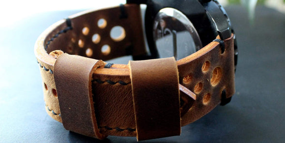 Watch strap Rust Black perforated