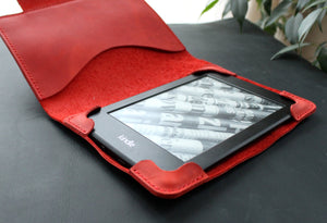 Kindle Paperwhite case Red - Anger Refuge