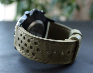 Watch strap Moss Green perforated - Anger Refuge