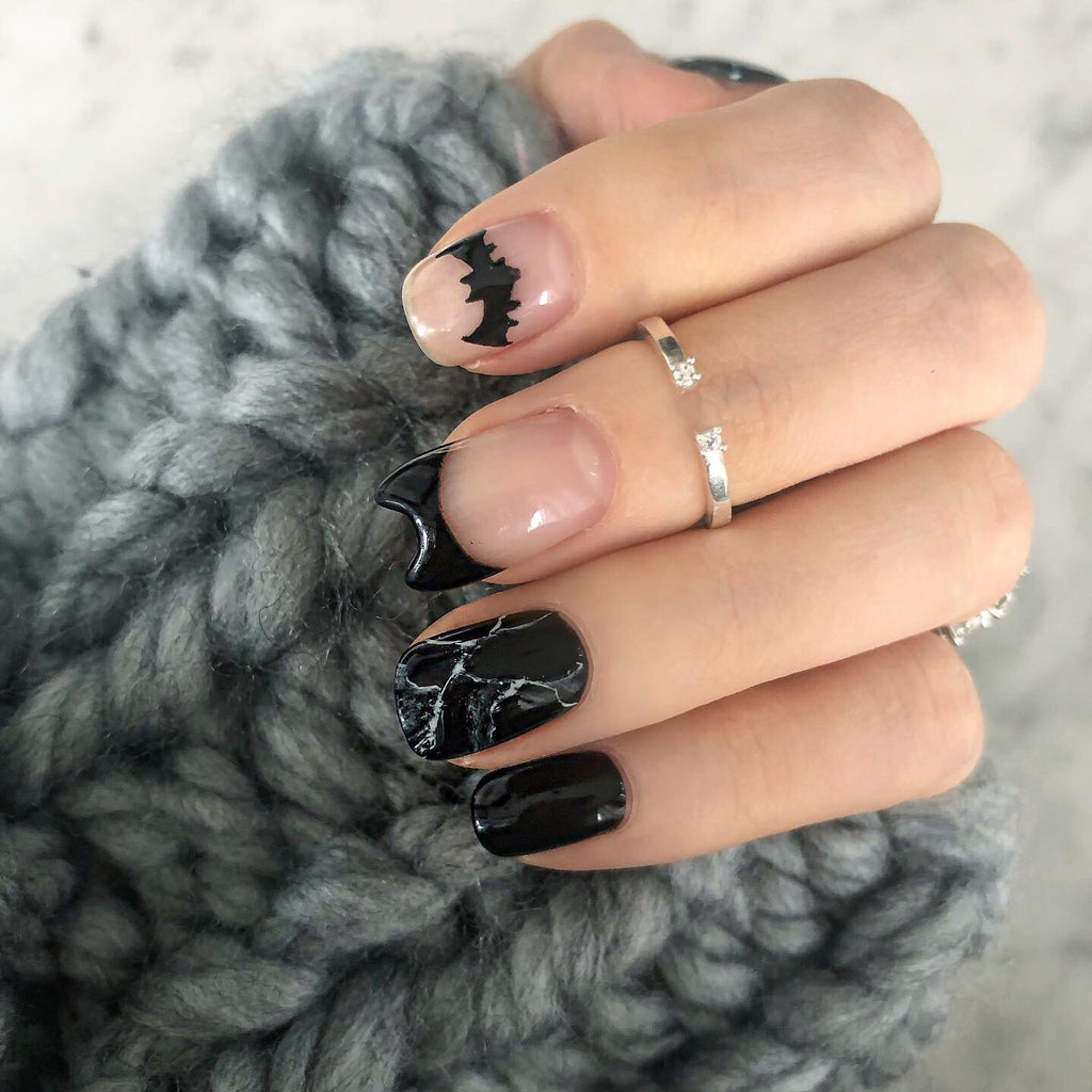 5 Cute Dark Nail Art Ideas for Fall/Winter 2019
