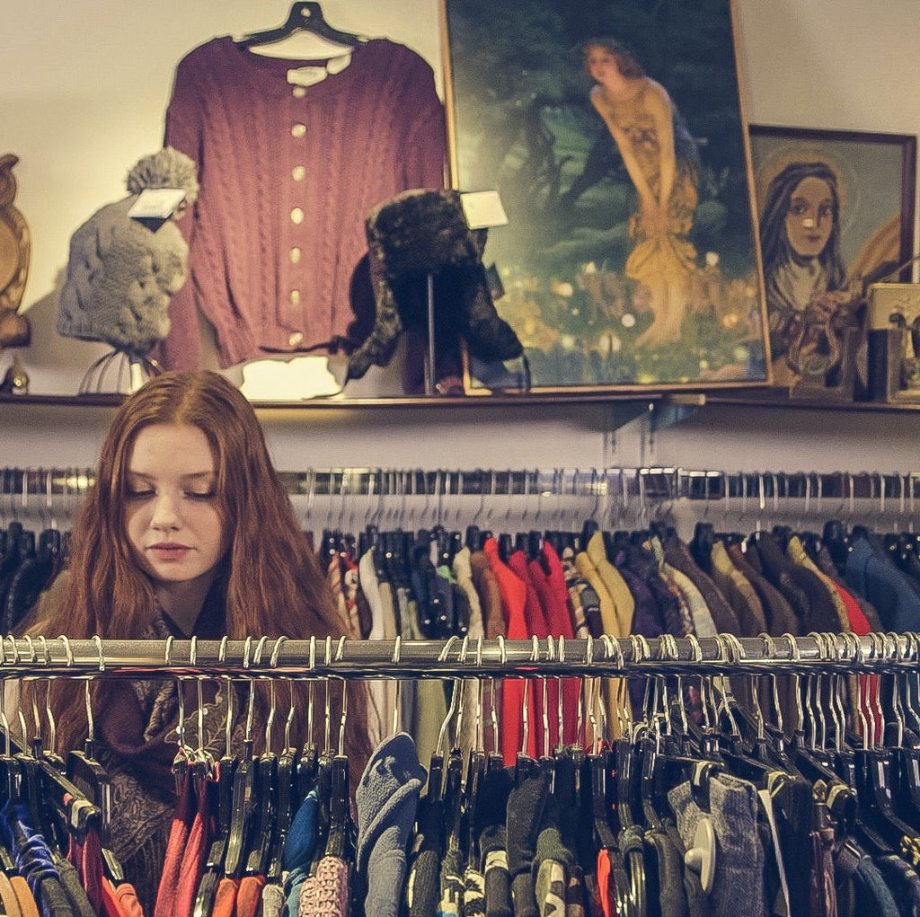 Ins & Outs of Thrifting Like a Pro