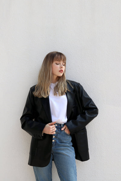 TOAT FAUX LEATHER BLAZER