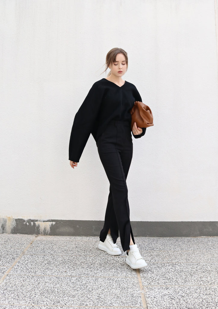 Black Oversized V-neck Wool Sweater