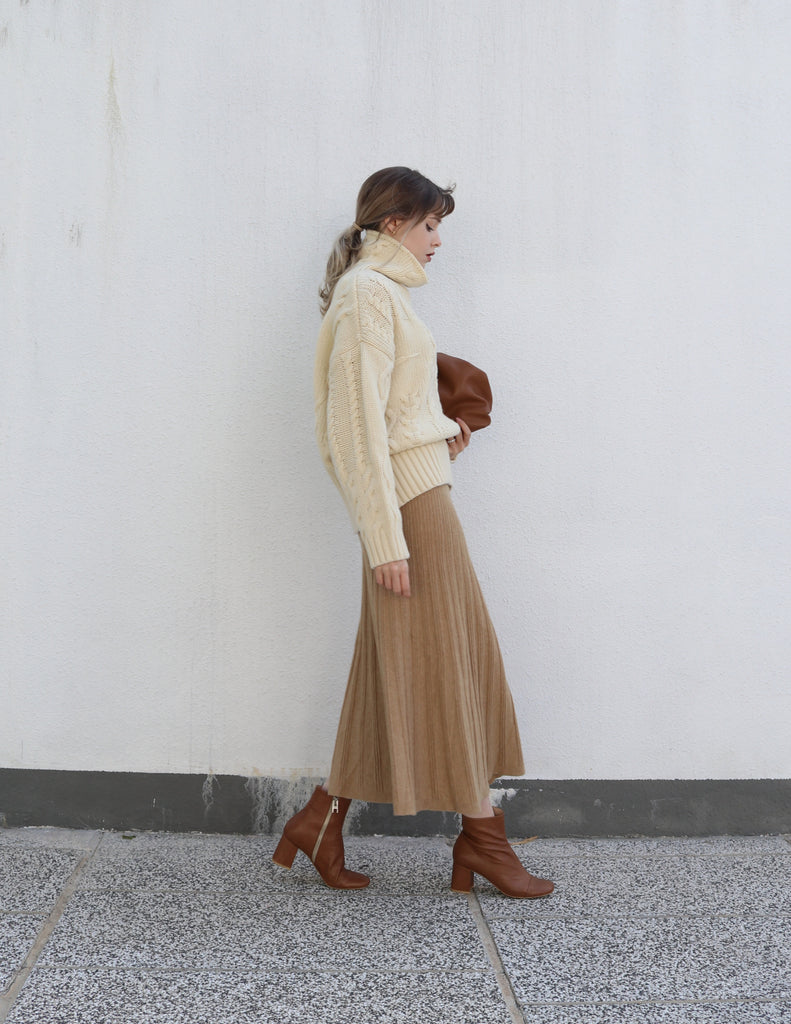 Beige Knit Skirt