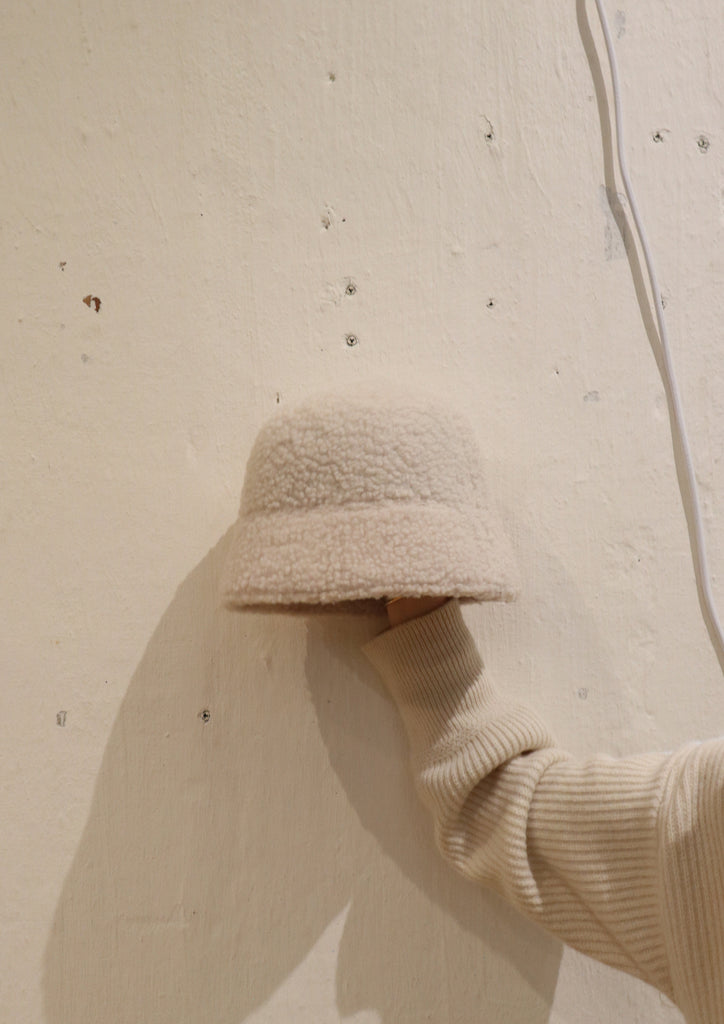 White Fleece Bucket Hat