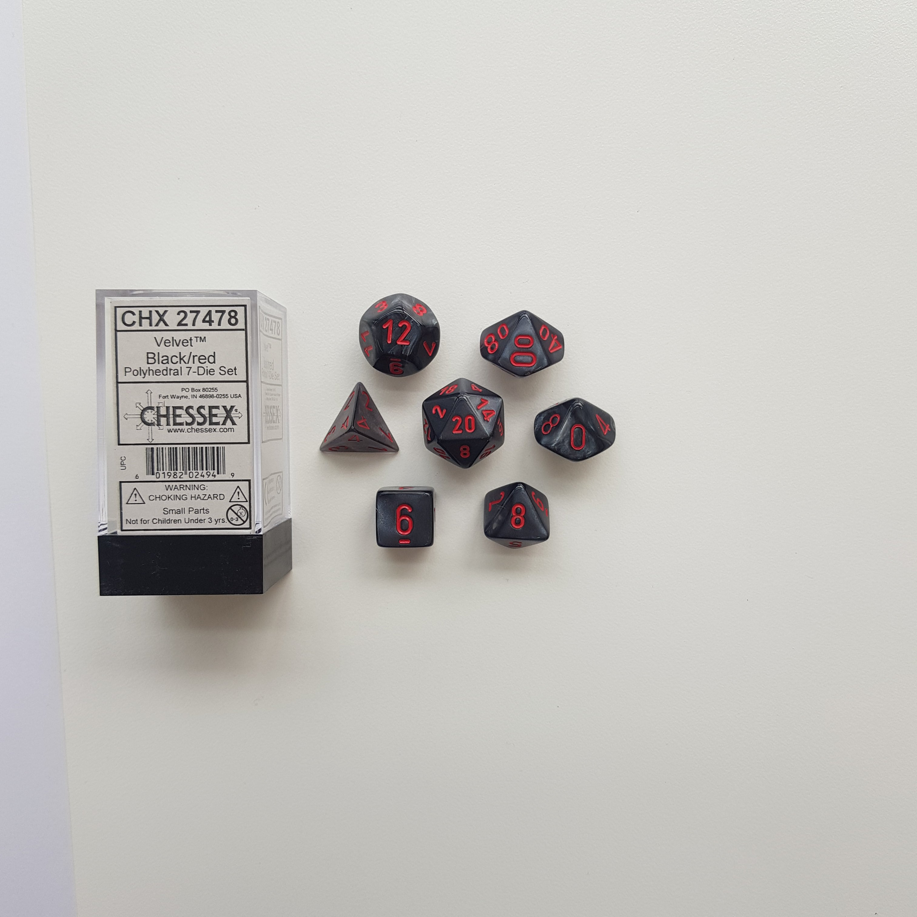 Chessex Black/Red Velvet Polyhedral Dice Set (CHX27478) | Sunny Pair'O'Dice