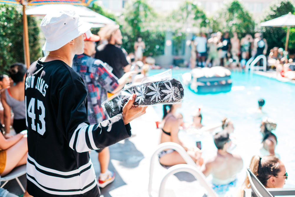 huf-jansport-pool-party-3