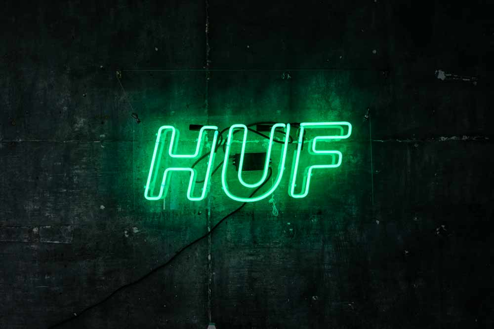 huf-neon-light